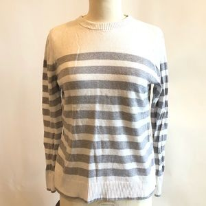 A NEW DAY gray/white striped sweater